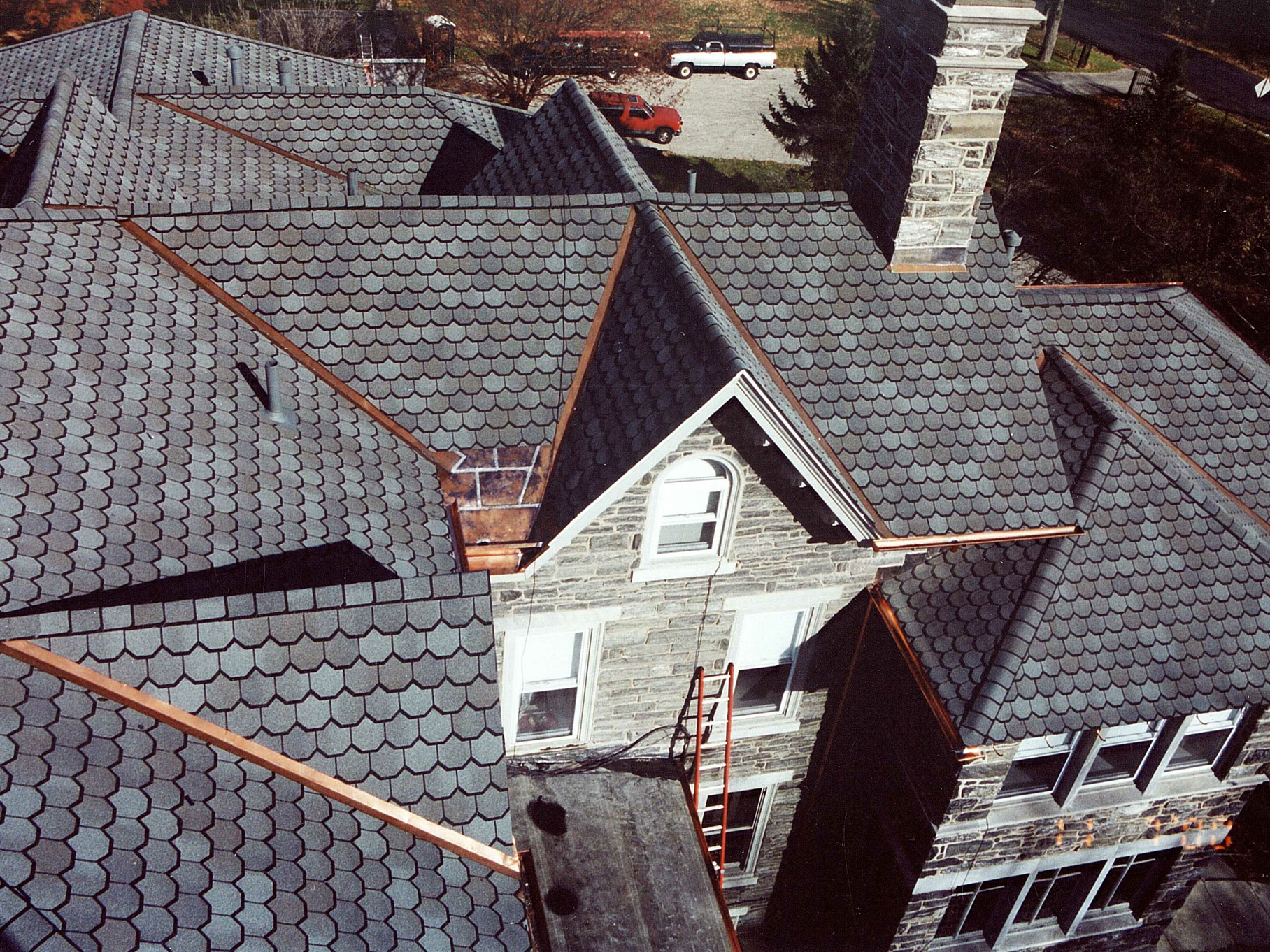 Asphalt Commercial Roof Services Russell Roofing And Exteriors