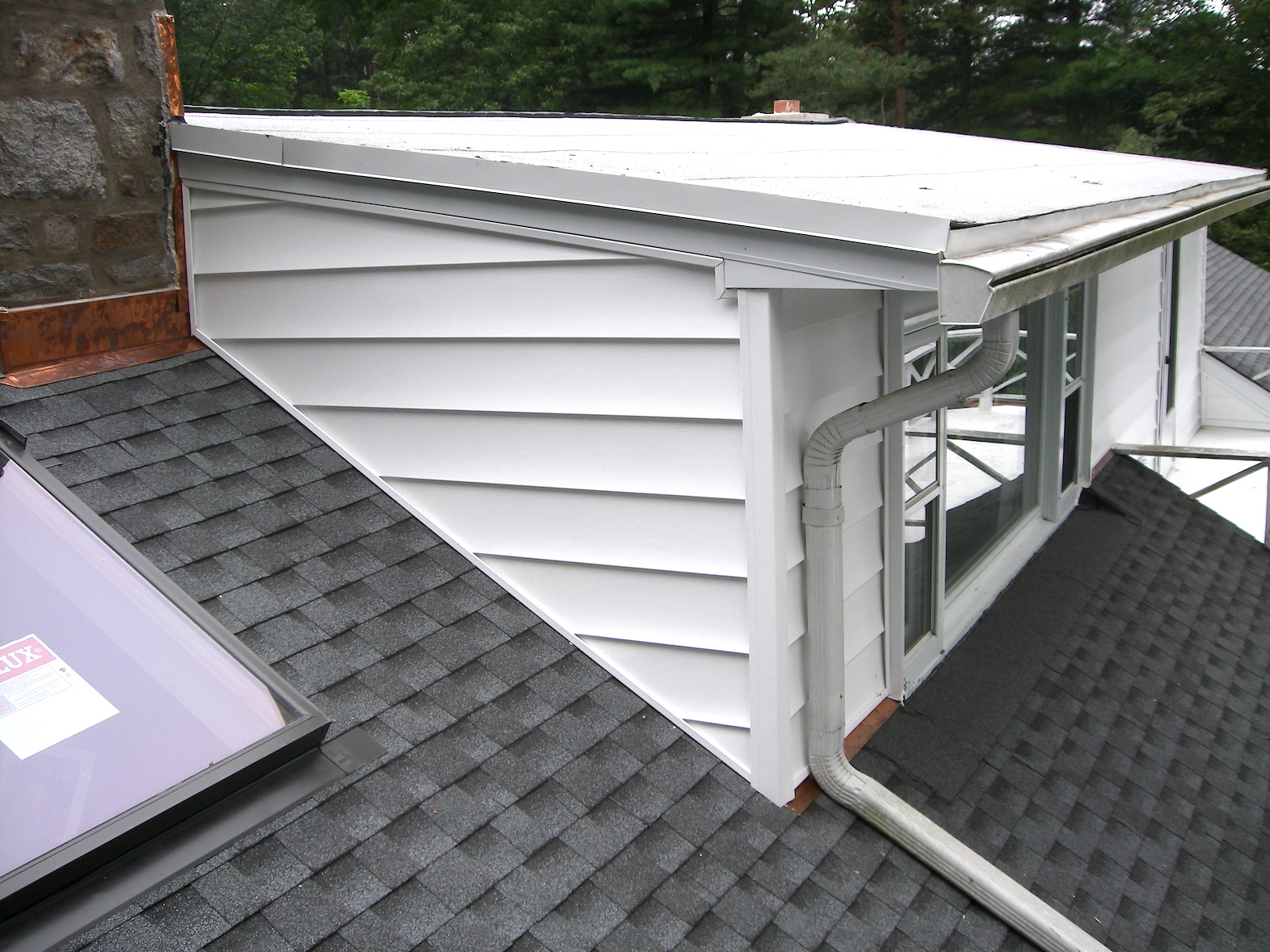 Siding Residential and Commercial Services Russell Roofing And Exteriors